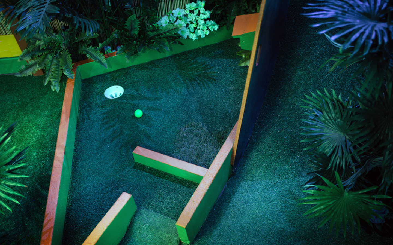 Plonk Golf at Peckham Levels