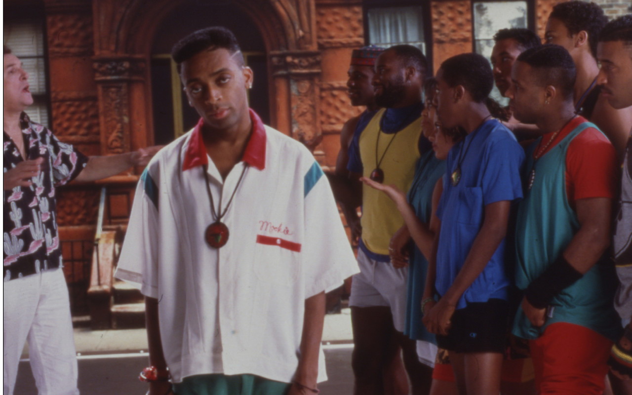 Deeper Into Movies - Do The Right Thing